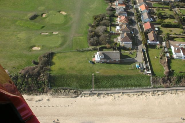 Thumbnail Detached bungalow for sale in Links Road, Gorleston
