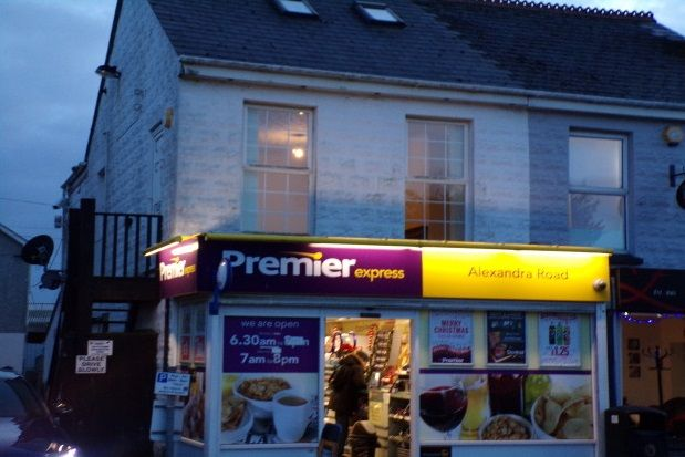 2 bed flat to rent in Alexandra Road, St. Austell