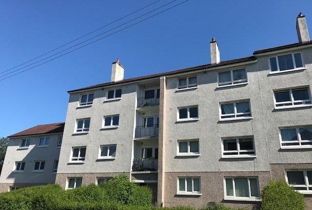 3 bedroom flat to rent in Raithburn Road, Glasgow