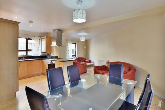 Thumbnail Flat for sale in Brabazon Street, London