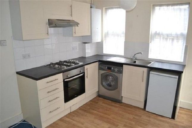 Thumbnail Flat to rent in The Avenue, Ealing, Greater London.