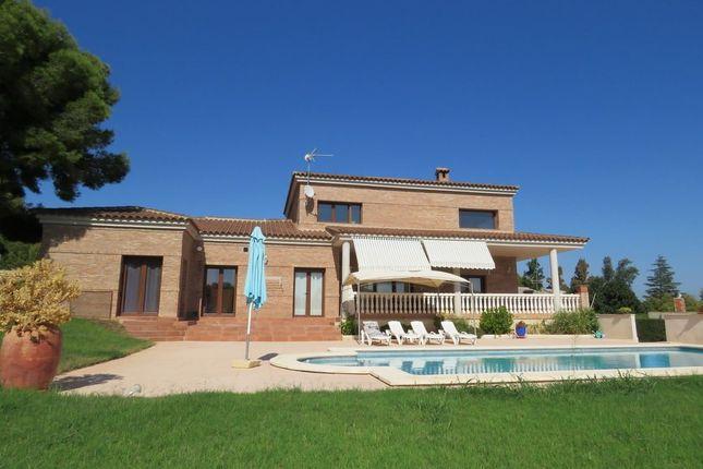 3 bed villa for sale in 46260 Alberic, Valencia, Spain