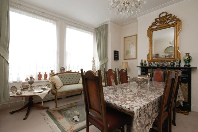 Thumbnail Property for sale in Colney Hatch Lane, Muswell Hill
