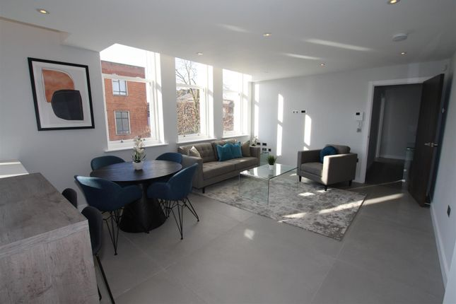 Thumbnail Flat for sale in The Residence, Manchester