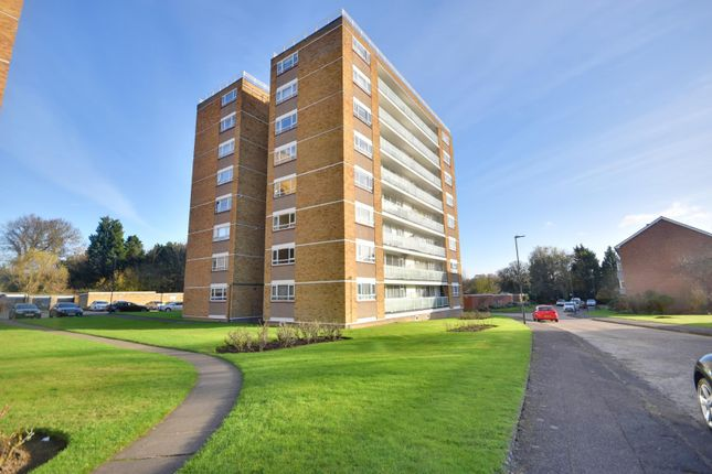 1 bed flat to rent in Dove Park, Hatch End, Middlesex HA5