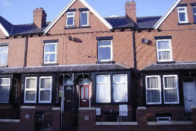 Thumbnail Flat to rent in Maud Avenue, Beeston, Leeds