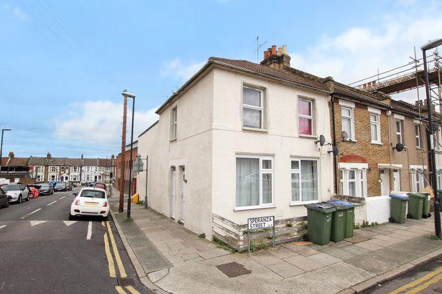 Thumbnail Flat for sale in Speranza Street, Plumstead