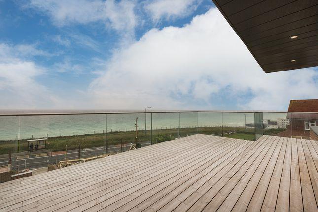 Thumbnail Flat for sale in Aquavista, Marine Drive, Rottingdean