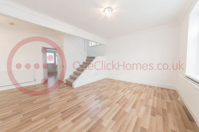 Thumbnail Detached house to rent in Thornbury Avenue, Osterley, Isleworth