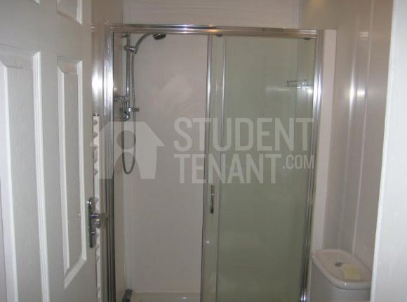Thumbnail Shared accommodation to rent in Rothesay Terrace, Bradford