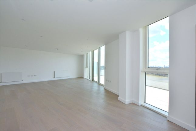 Picture No. 15 of Wyndham Apartments, 60 River Gardens Walk, Greenwich, London SE10