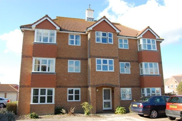 Thumbnail Property to rent in Hudson Close, Eastbourne