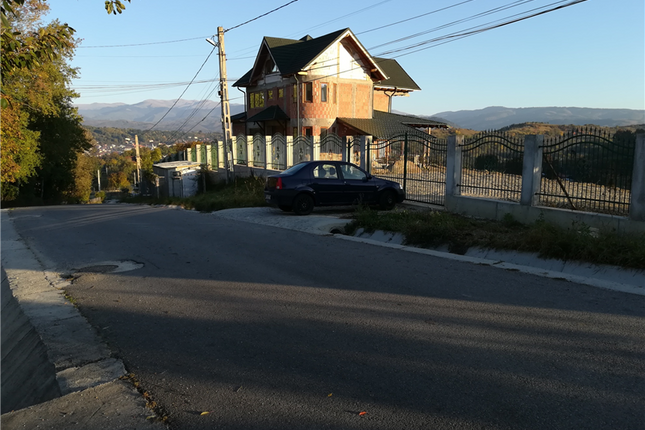Thumbnail Villa for sale in Campulung, Arges, Romania