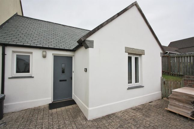 Thumbnail Bungalow for sale in Bezant Place, Pentire, Newquay