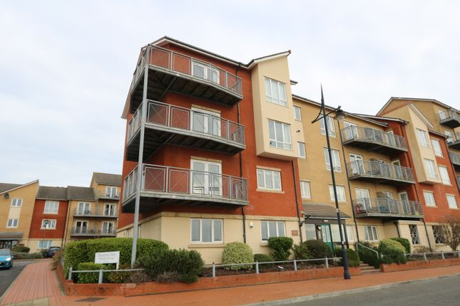 Thumbnail Flat for sale in Glan Y Mor, Y Rhodfa, Barry