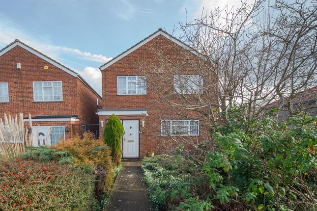 Thumbnail Detached house for sale in Stanton Road, Luton, Bedfordshire