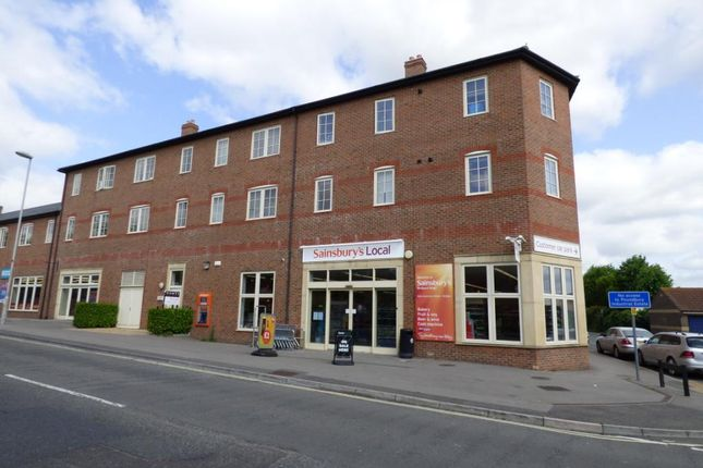 Thumbnail Flat to rent in St Martins Place, 55-59 Bridport Road, Dorchester, Dorset