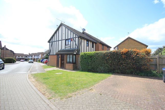 Thumbnail 1 bed property to rent in Frenchmans Close, Toddington