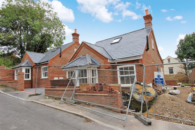 Thumbnail Detached bungalow for sale in St. Marys Road, Old Town, Hemel Hempstead
