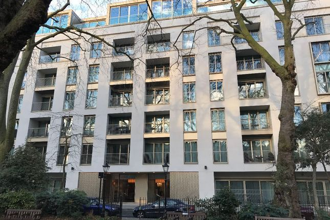 Thumbnail Flat for sale in Ebury Street, London