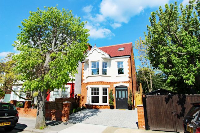 Thumbnail Detached house for sale in Malden Hill, New Malden