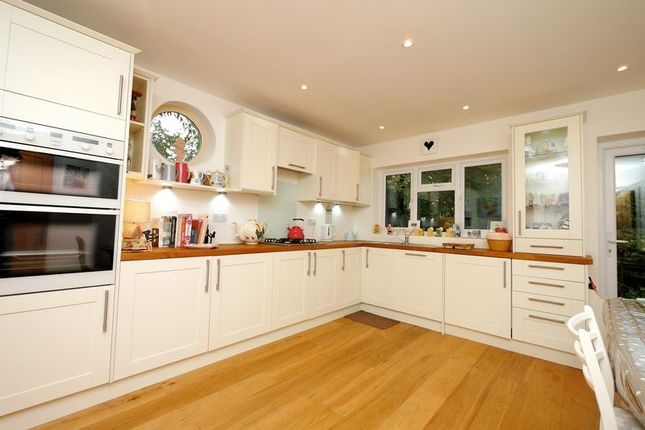 Thumbnail Bungalow for sale in Harwell Road, Sutton Courtenay, Abingdon