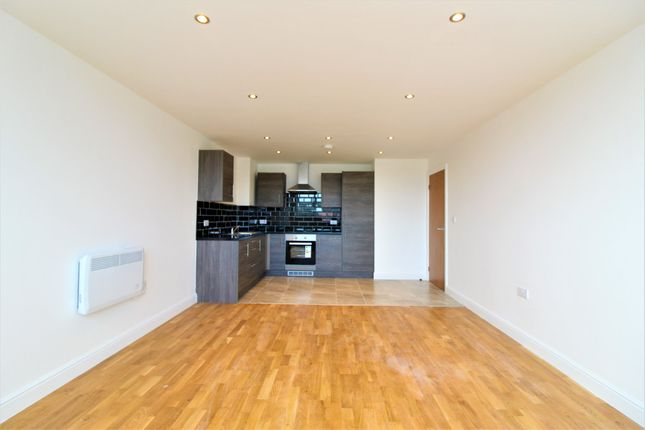Thumbnail Flat to rent in York Towers, 383 York Rd, Leeds