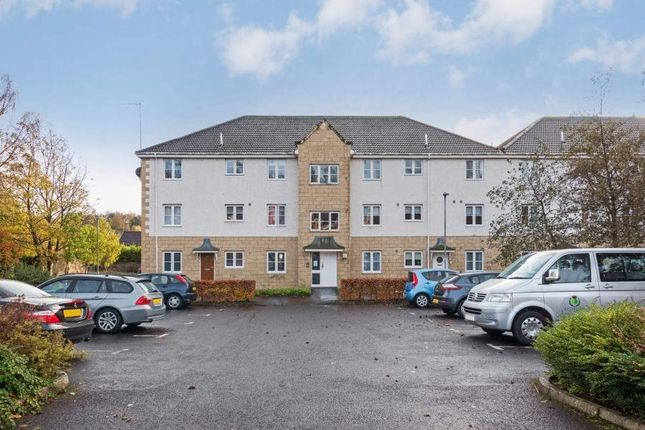 Thumbnail Flat to rent in John Neilson Avenue, Paisley, Renfrewshire
