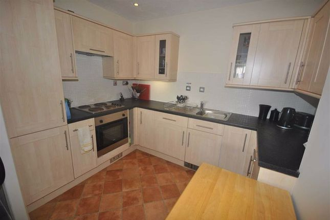 Kitchen of Hirondelle Close, Northampton NN5