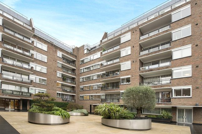Thumbnail Flat for sale in Kensington Heights, 91-95 Campden Hill Road, London