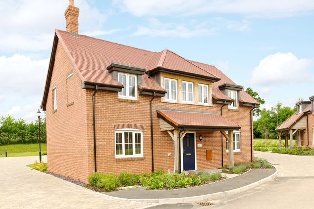 Thumbnail Cottage for sale in 33 Polo Drive, Cawston, Rugby
