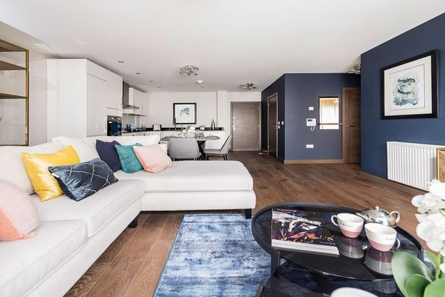Thumbnail Flat to rent in Rosalind Drive, Maidstone
