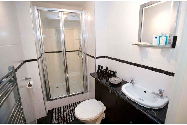 Bathroom of 4 Crescent Avenue, Whitby YO21