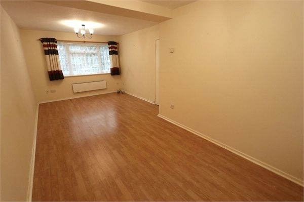 Thumbnail Flat to rent in Burnside Court, Black Path, Polegate, East Sussex
