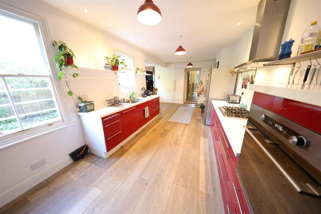 Kitchen of Marlborough Avenue, Princes Avenue, Hull HU5