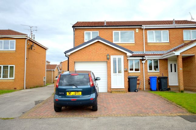 Thumbnail Semi-detached house to rent in Ringwood Grove, Sothall, Sheffield
