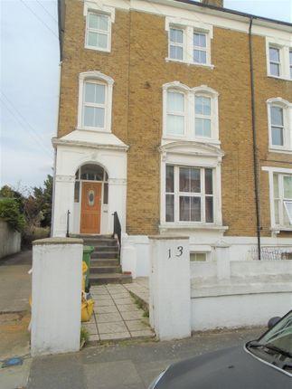 Thumbnail Studio to rent in Manor Road, Twickenham