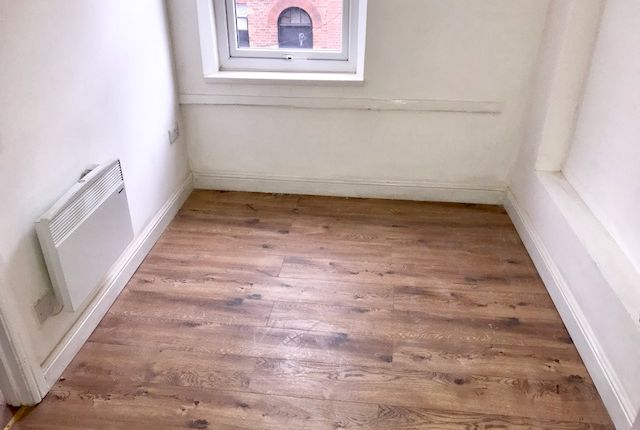 Thumbnail Flat to rent in Brearley Street, Hockley, Birmingham