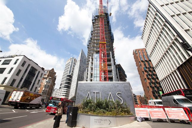 Thumbnail Flat for sale in City Road, Shoreditch, London