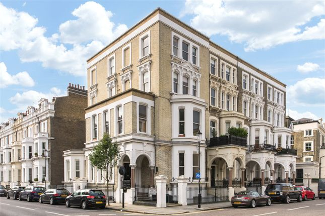 1 bed flat for sale in Redcliffe Square, Chelsea, London SW10