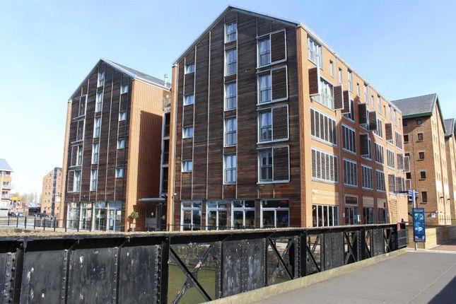 Thumbnail Flat to rent in Merchants Quay, Gloucester Docks, Gloucester