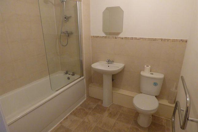 Main Bathroom of Pilgrims Way, Salford M50