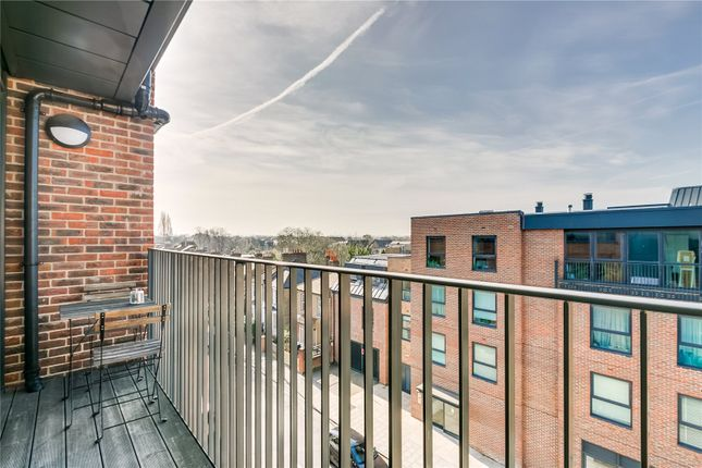 Balcony of Tooting High Street, London SW17