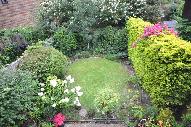 Garden Alt of Oleander Close, Crowthorne, Berkshire RG45