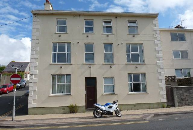 Thumbnail Flat to rent in Hamilton Terrace, Milford Haven, Pembrokeshire