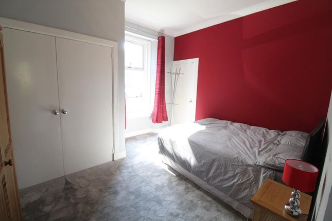 Bedroom of Whitehall Place, Aberdeen AB25