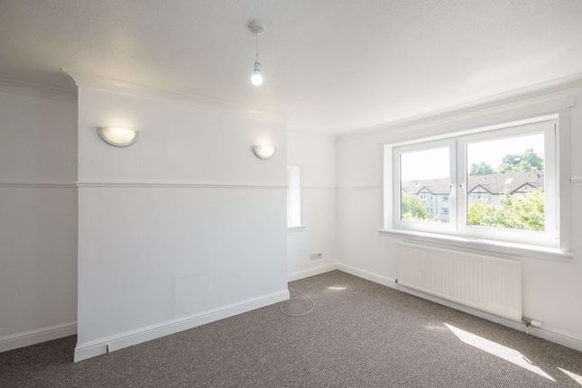 Thumbnail 3 bed flat to rent in Kilmuir Road, Arden