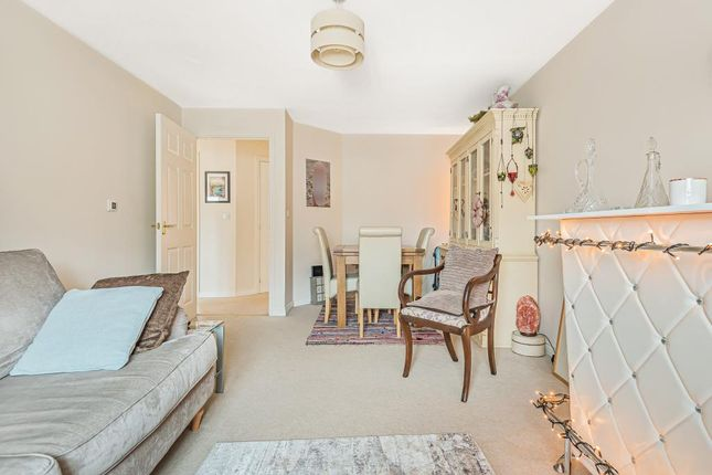 Reception Room of Endeavour Road, Swindon SN3