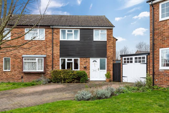 Front Aspect of The Mixies, Stotfold, Hitchin, Herts SG5
