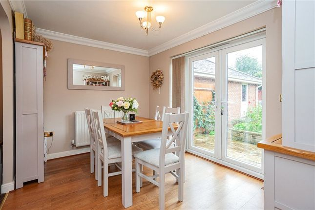 Dining Room of Tunworth Close, Fleet GU51